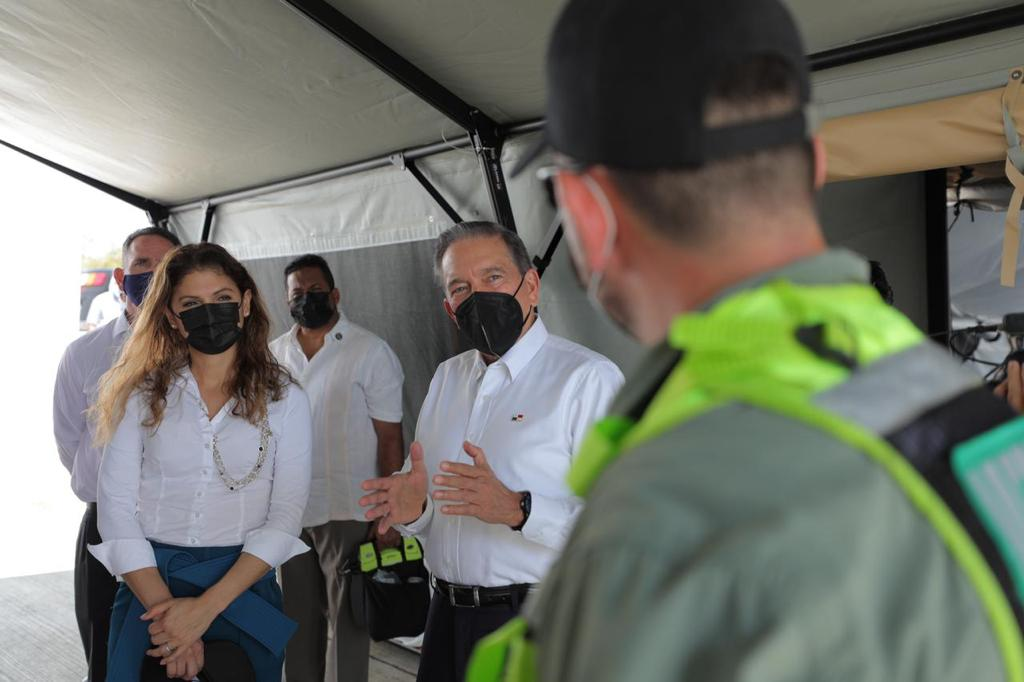 Panamá recibió unidades móviles de emergencia de parte de Estados Unidos