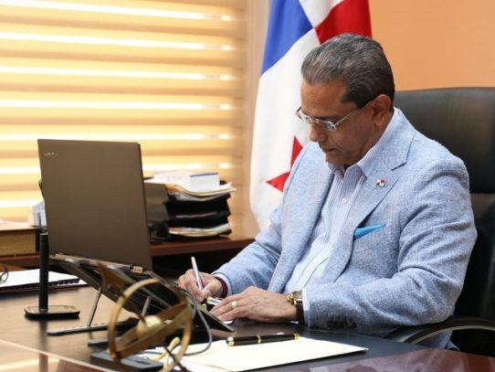 Ministro Paredes: Invasión de tierras es una violación de garantías constitucionales