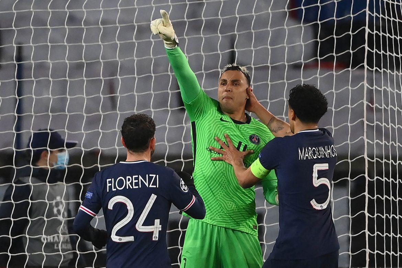 Keylor Navas mete al PSG en cuartos de Champions