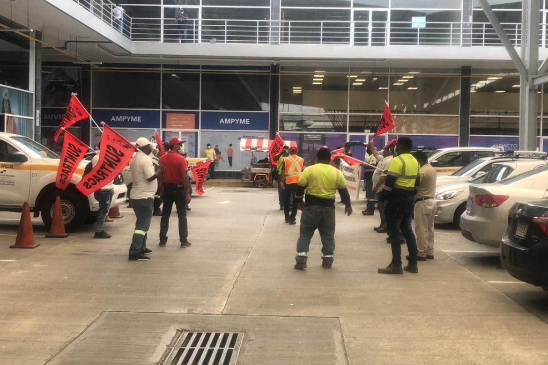 Nuevas acciones definirán trabajadores reunidos en asamblea