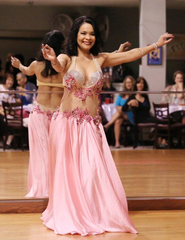 Danza oriental, salud y felicidad