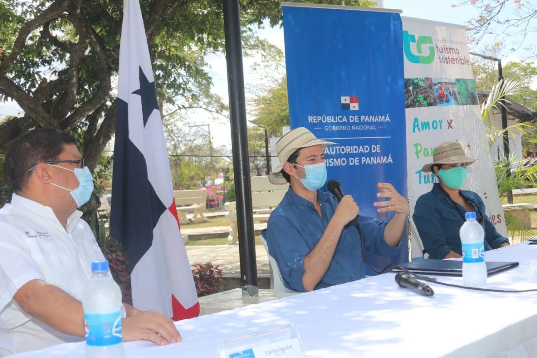 Pacto potenciará el turismo comunitario para atraer a viajeros conscientes