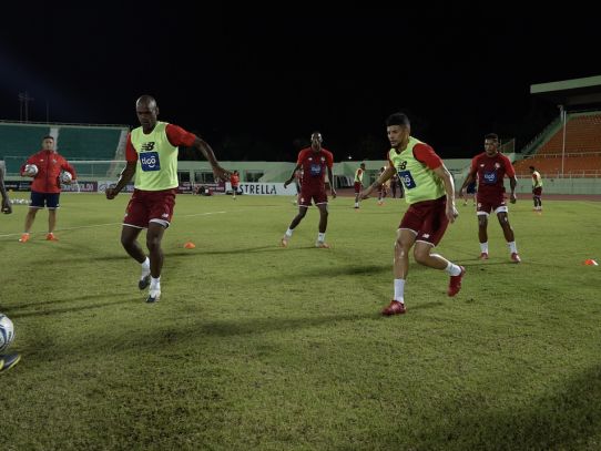Luis Mejía y Alberto Quintero: los grandes ausentes en el partido de mañana