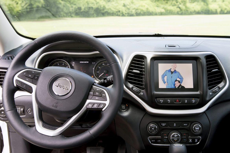 Las automotrices se esfuerzan para mantenerse un paso adelante de los hackers