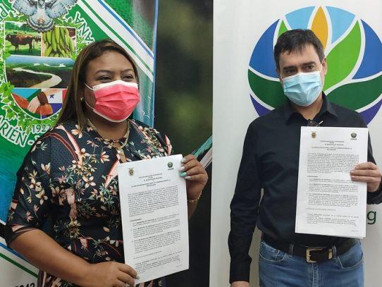 ANCON y la alcaldía de Pinogana - Darién, firman convenio para afrontar retos ambientales de la región