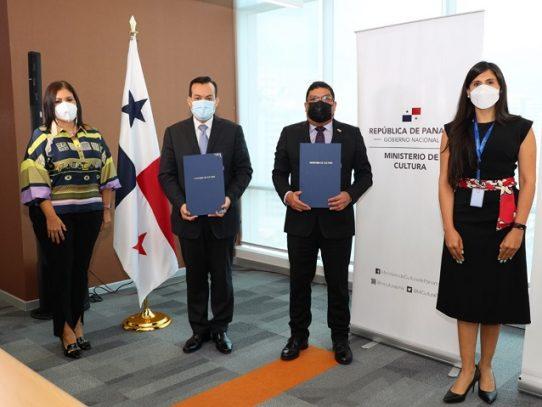 MiCultura y Colegio Nacional de Abogados firman convenio
