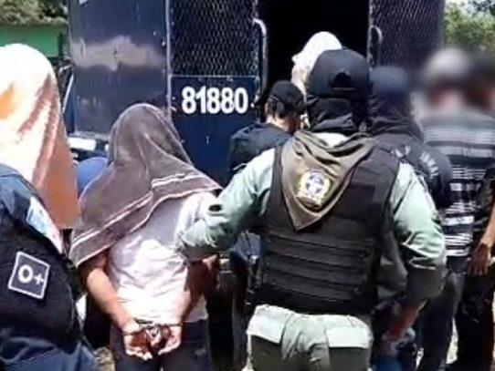 Desarticulan a un grupo delictivo dedicado al microtráfico en Rana de Oro