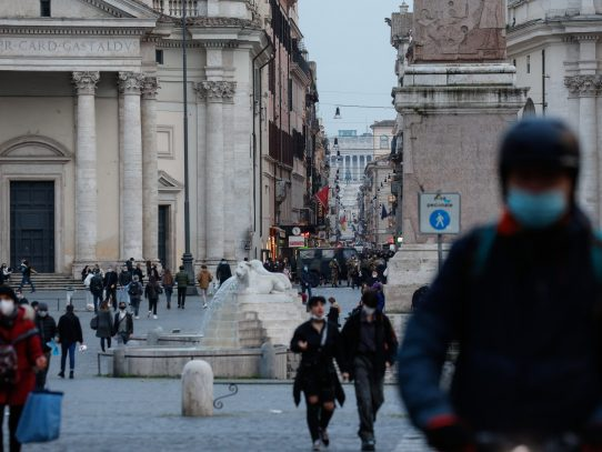 Italia prohíbe la entrada de viajeros procedentes de India