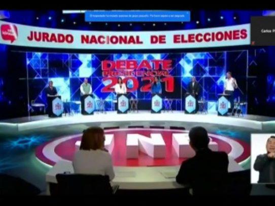 Magistrado panameño invitado especial al debate presidencial en Perú