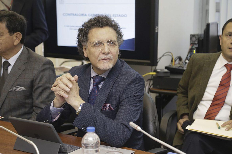 Contralor de Ecuador detenido por presunta corrupción