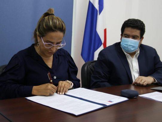 ARAP y SERNAPESCA unen esfuerzos para combatir la pesca ilegal
