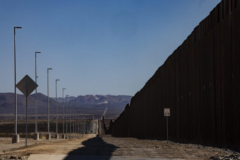 México y EE.UU. evaluarán posible reapertura de frontera cerrada por covid-19