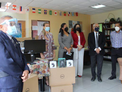 Universidad de Panamá recibió donación de la Unión Europea