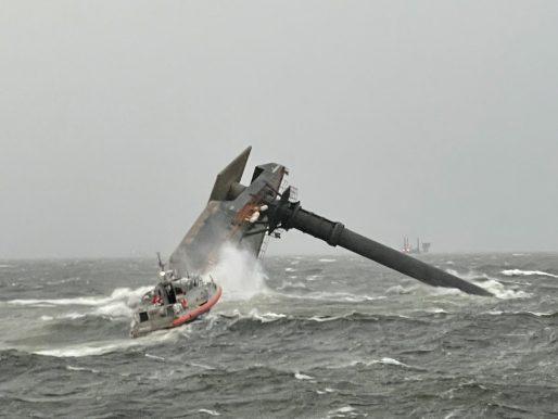12 personas desparecidas tras volcar un barco en la costa de Luisiana