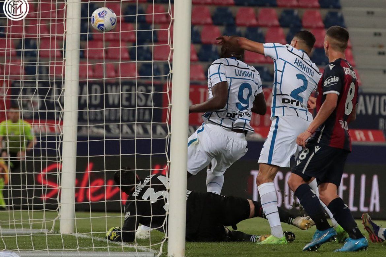 El Inter gana por la mínima y rentabiliza empates de Milan y Juventus