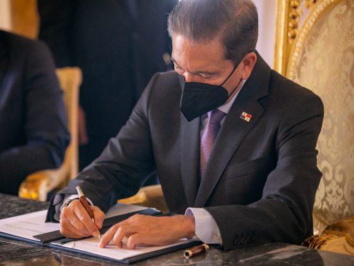 Cortizo sanciona la ley que crea el Instituto de Meteorología e Hidrología