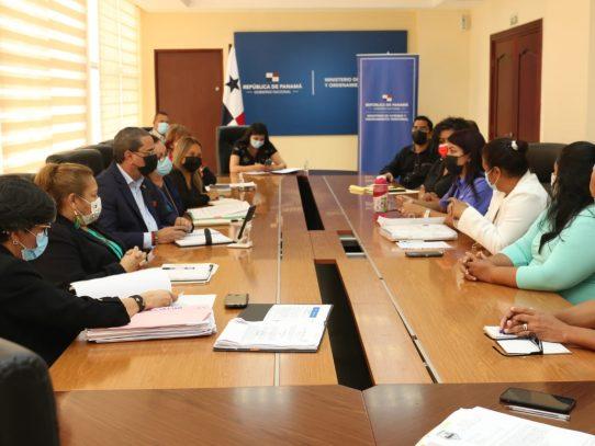Arraijaneños que se oponen a un proyecto privado elevan quejas al ministro Paredes