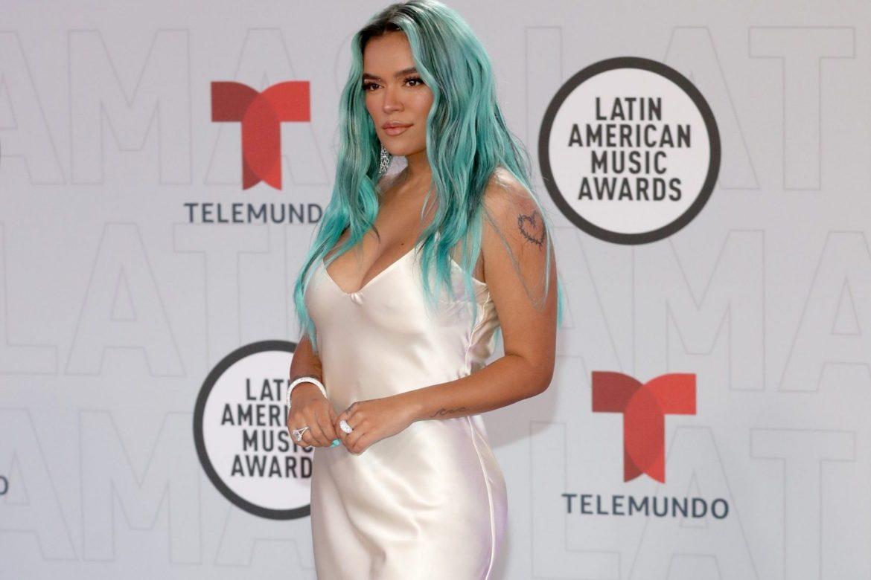 Bad Bunny arrasa y J Balvin se va de vacío en los Latin American Music Awards