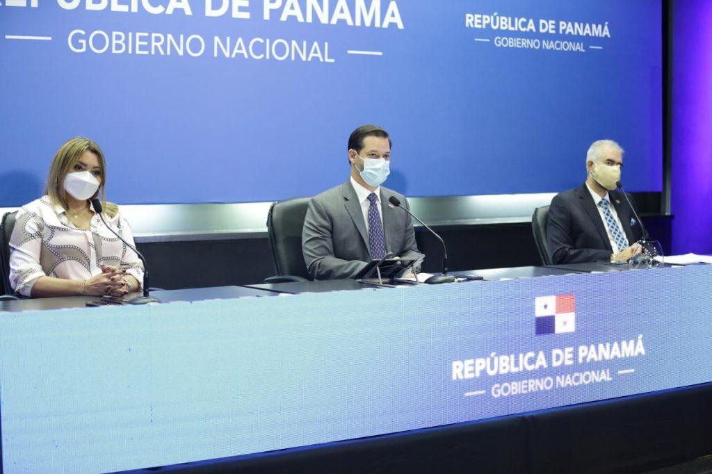 Doris zapata, Ramon Martinez, Julio De La Lastra