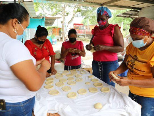Mujeres del sector de Achiote se organizan en proyectos comunitarios