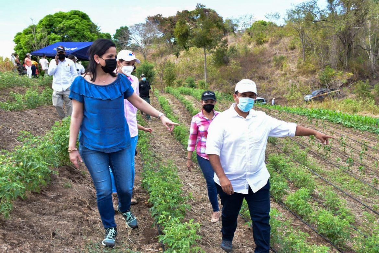 Dos sistemas de riego beneficiarán a 18 familias de productores