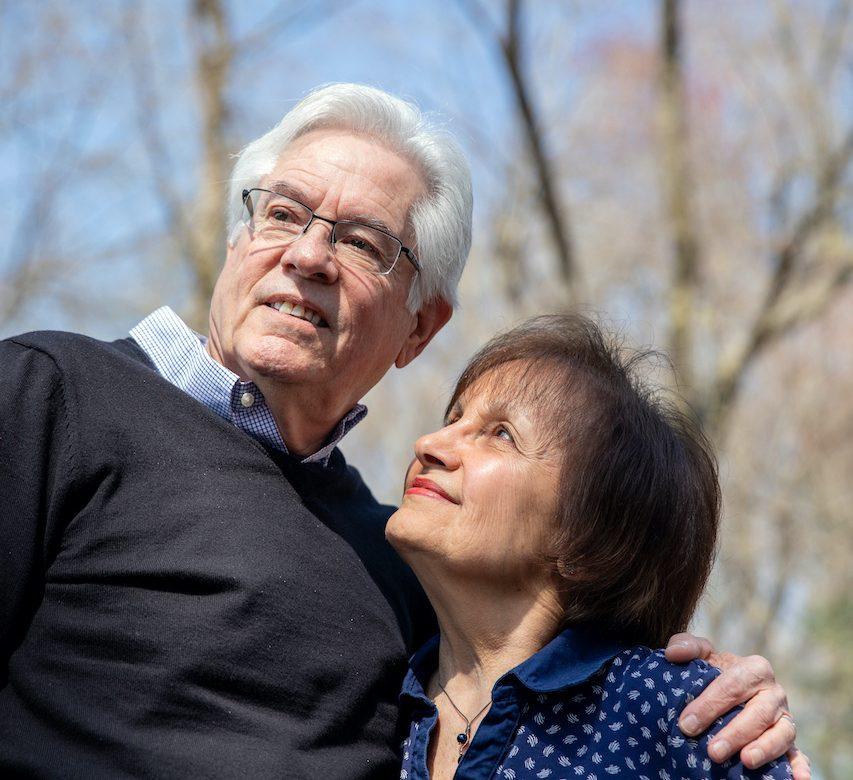 Tienen alzhéimer, y este ensayo clínico podría ser su última esperanza