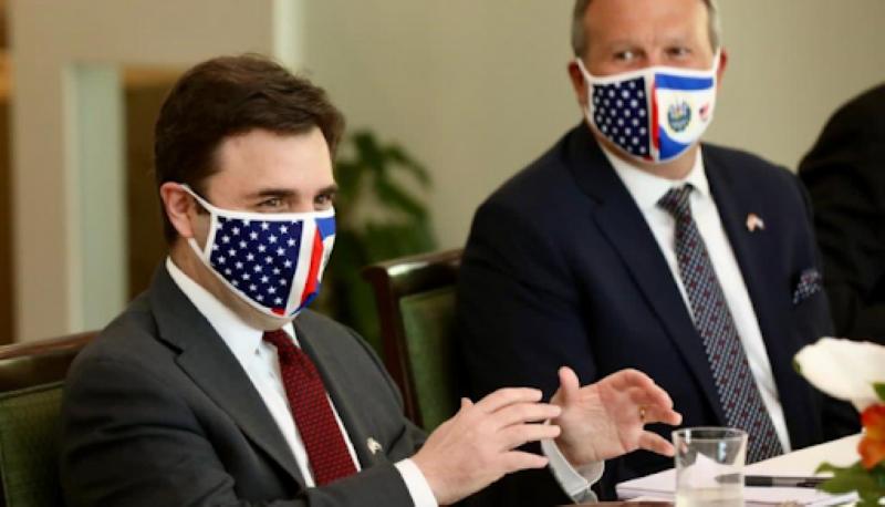 """EEUU no busca """"imponer"""" su modelo en Centroamérica, afirma enviado de Biden"""