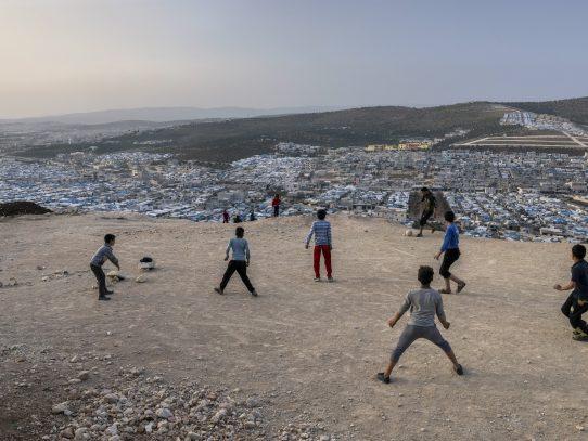 Una promesa inicial no cumplida: los detalles del cambio de opinión de Biden con respecto a los refugiados