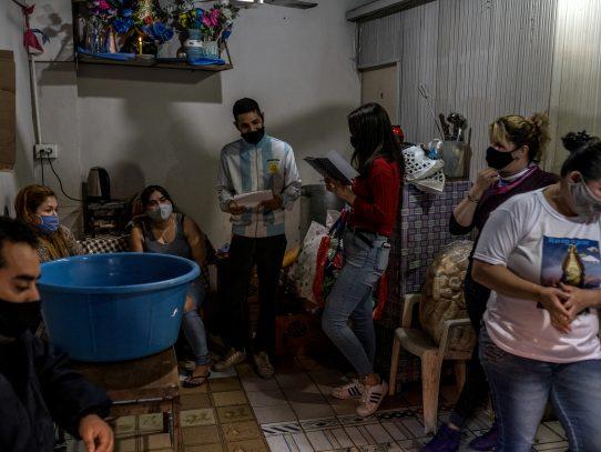 """""""Nos quedamos sin nada"""": La miseria de Argentina se hace más profunda durante la pandemia"""
