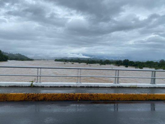Mal tiempo afecta funcionamiento de potabilizadoras en el país