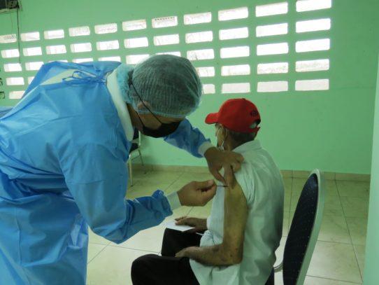 Vacunarán a mayores de 16 años en corregimientos montañosos de Capira