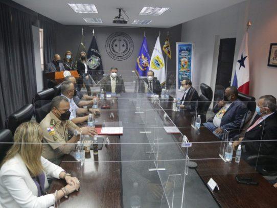 Minseg y la Fundación General Tomás Herrera firman convenio de cooperación
