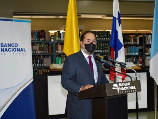 Banconal y USMA dan sostenibilidad al Diplomado en Periodismo Bancario