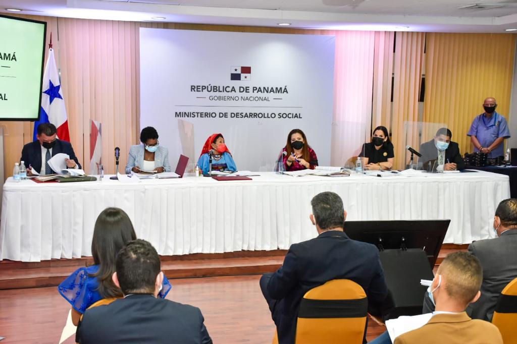 Ministra brinda avances sobre proyecto de ley integral de la niñez y adolescentes