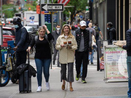 Dow Jones y S&P 500 terminaron en récords a pesar del desempleo en EE.UU.