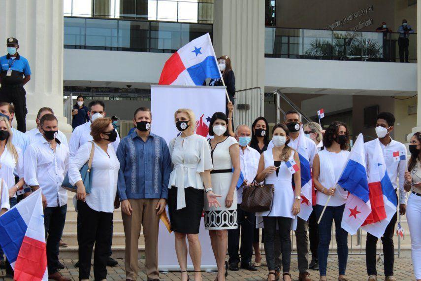 El Movimiento Ciudadano Panamá Decide inicia recolección de firmas para constituyente