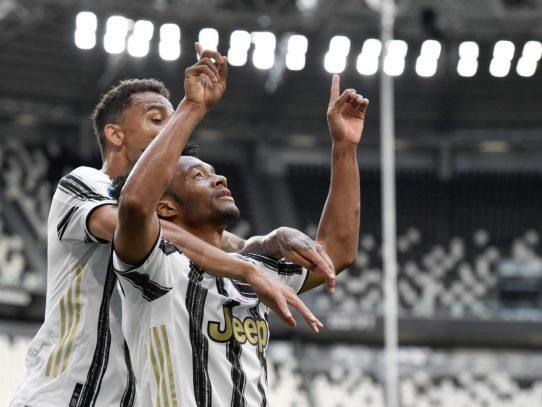 Cuadrado devuelve a la Juventus a los puestos de Champions