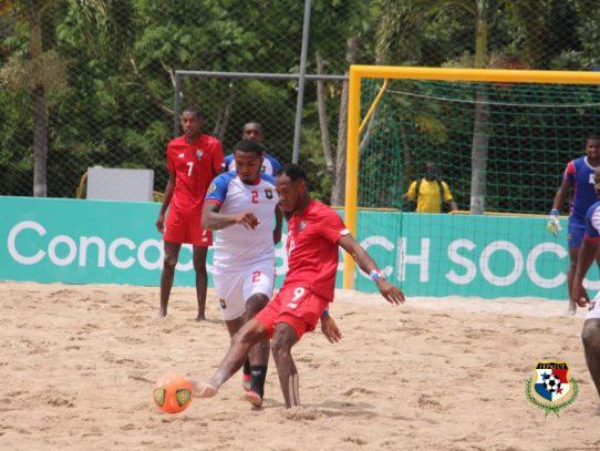 Panamá debuta con goleada en el premundial de fútbol playa de la Concacaf