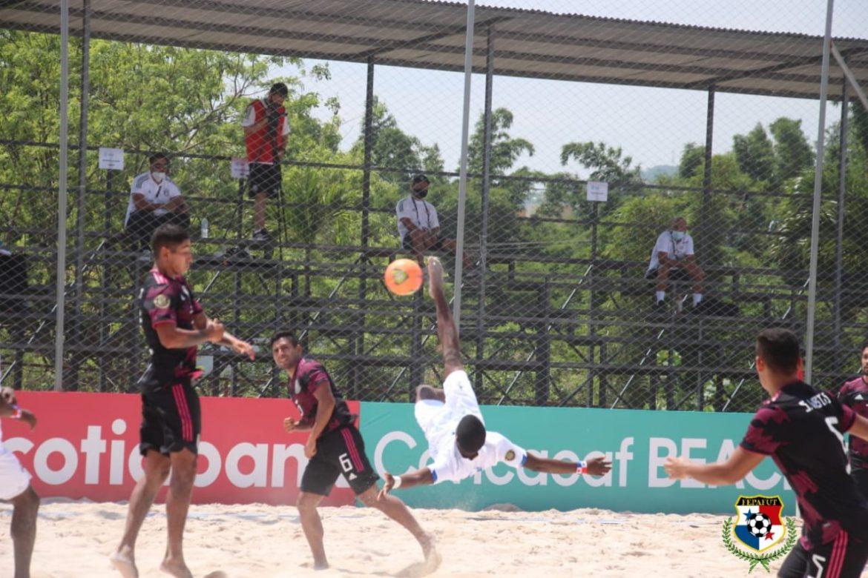 Panamá cae ante México en el premundial de fútbol playa
