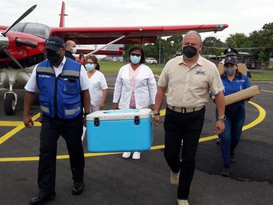 Este lunes, llegaron a Coclé 5 mil vacunas contra el Covid-19