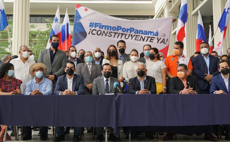 Movimiento 'Firmo por Panamá' inicia el camino hacia una Constituyente Paralela