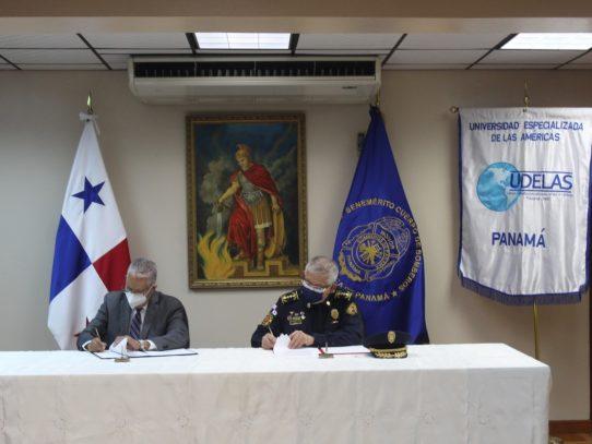 Firmada la colaboración académica entre el BCBRP y Udelas