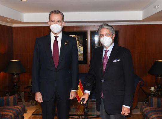 Felipe VI resalta las relaciones con Ecuador en la víspera del cambio de mando