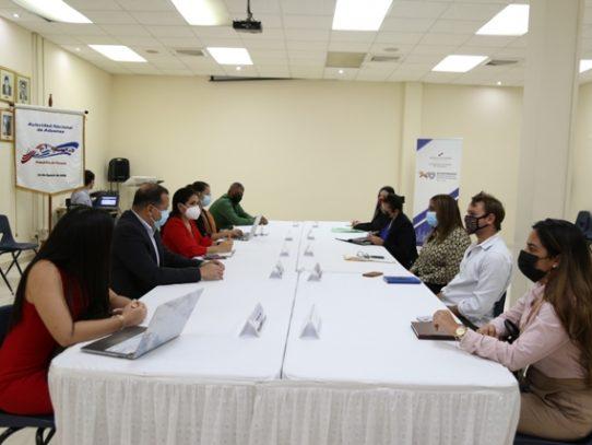 Autoridades coordinan acciones para optimizar sistema Colón Puerto Libre