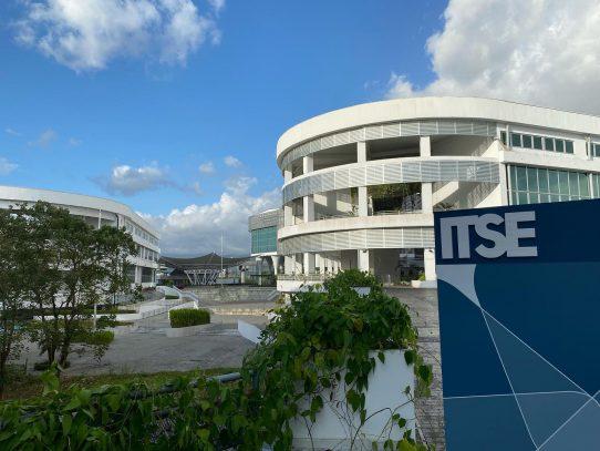 ITSE firma convenio con Microsoft para formar en tecnología a panameños