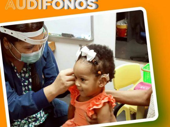 En marcha Programa de Dotación de Audífonos