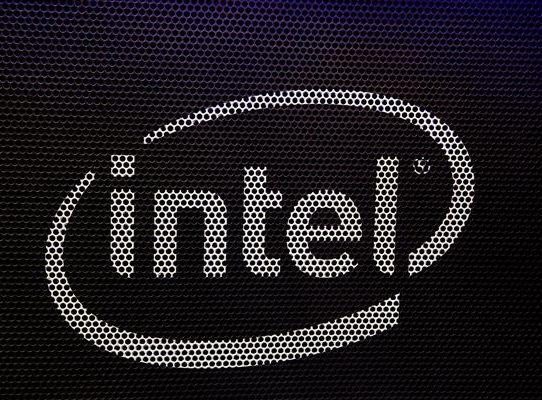 Intel advierte que la escasez de semiconductores puede durar años