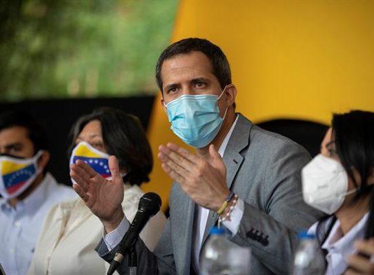 Guaidó celebra el apoyo del opositor Henrique Capriles a la propuesta de acuerdo