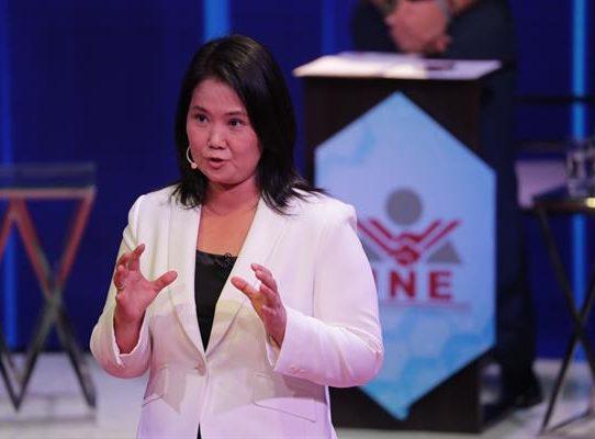 Keiko Fujimori pide acudir a votar para defender a Perú del terrorismo