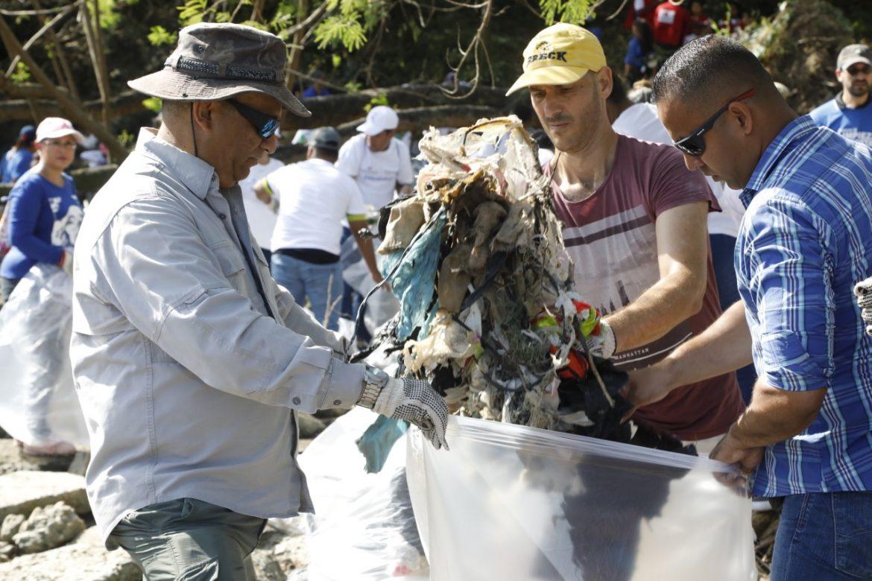 A partir de julio se reemplazarán 11 artículos de plástico